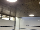 L'Ajuntament rep una subvenció per a la renovació de sanitaris i llum dels vestidors del pavelló de Foment.